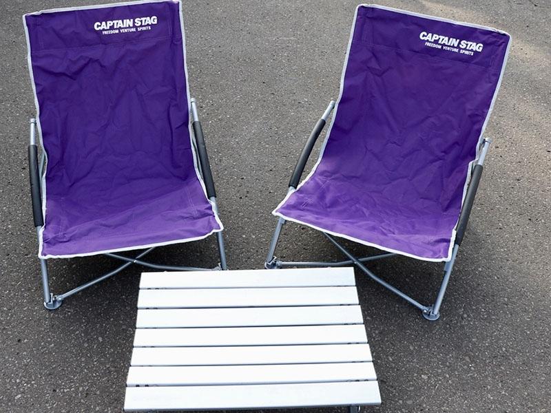 單人用折疊椅1張 200日幣 (依人數準備)(附鋁桌